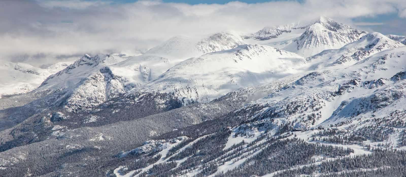 Schnee und Sonnenschein im Whistler Blackcomb Skigebiet