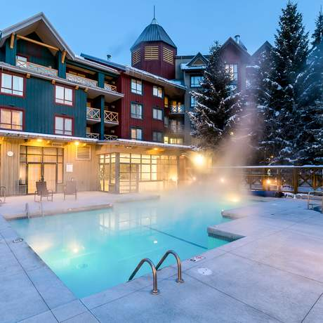 Pool am Delta Hotel in Whistler