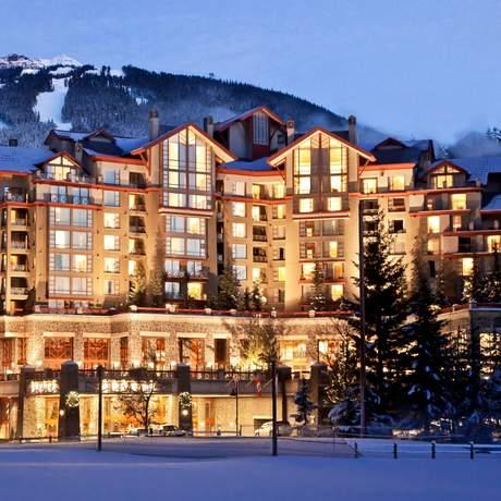 The Westin Resort & Spa, Whistler, Außenansicht im Winter
